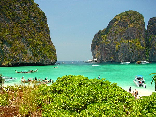 Krabi Tourism: Accommodation, Travel and Local Information Guide